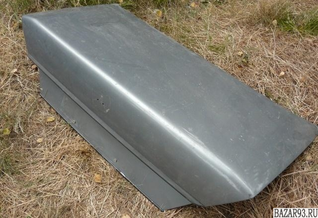 Крышка Багажника W124
