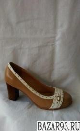 Продаю новые женские туфли