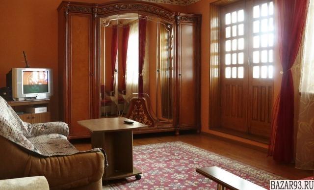 Сдам квартиру посуточно 2-к квартира 60 м² на 2 этаже 9-этажного кирпичного дома