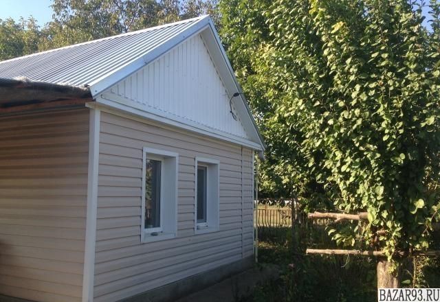 Продам дом 1-этажный дом 50 м² ( кирпич )  на участке 30 сот.  ,  15 км до город
