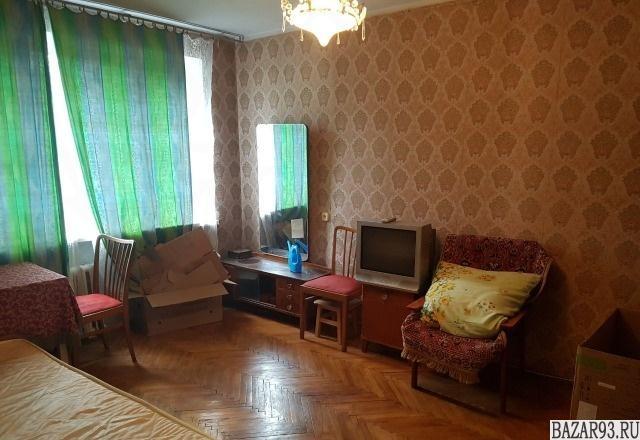 Продам квартиру 3-к квартира 60 м² на 4 этаже 5-этажного кирпичного дома