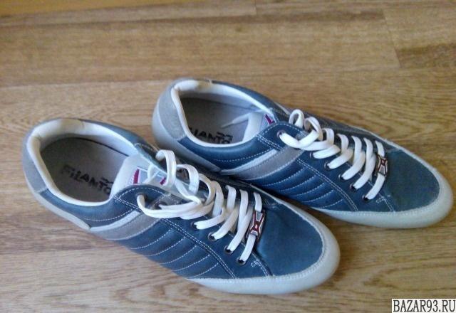Кожаные новые кроссовки