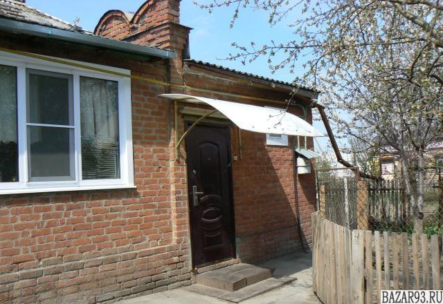 Продам дом 1-этажный дом 64 м² ( кирпич )  на участке 7. 8 сот.  ,  в черте горо
